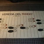 Basics of Argentine tango: leading the cross and the notorious 8-step-sequence